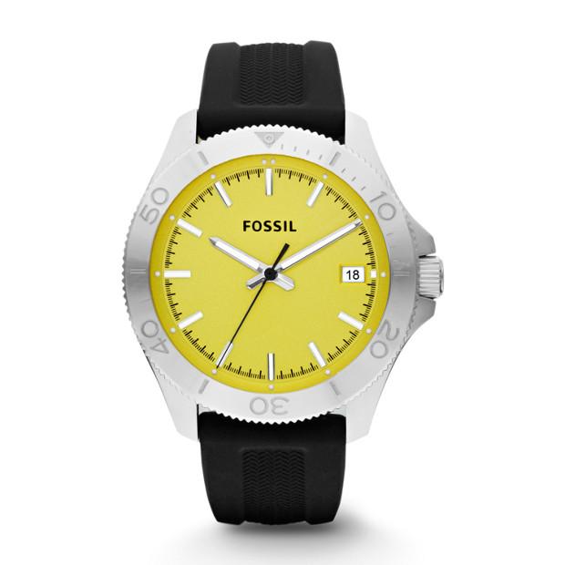 Retro Traveler Three Hand Silicone Watch - Black
