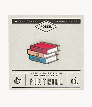 Spilla Pintrill® x Fossil a forma di libri impilati Stacks on Stacks
