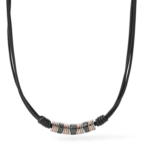 Collier avec perles tricolores