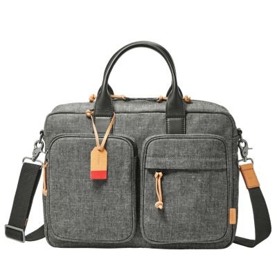 We even have hiking bags from The North Face, backpacks for students, and laptop bags for the business minded. With a wide range of colors, shapes and sizes to choose from, you'll always have the right handbag at your shoulder no matter the occasion.
