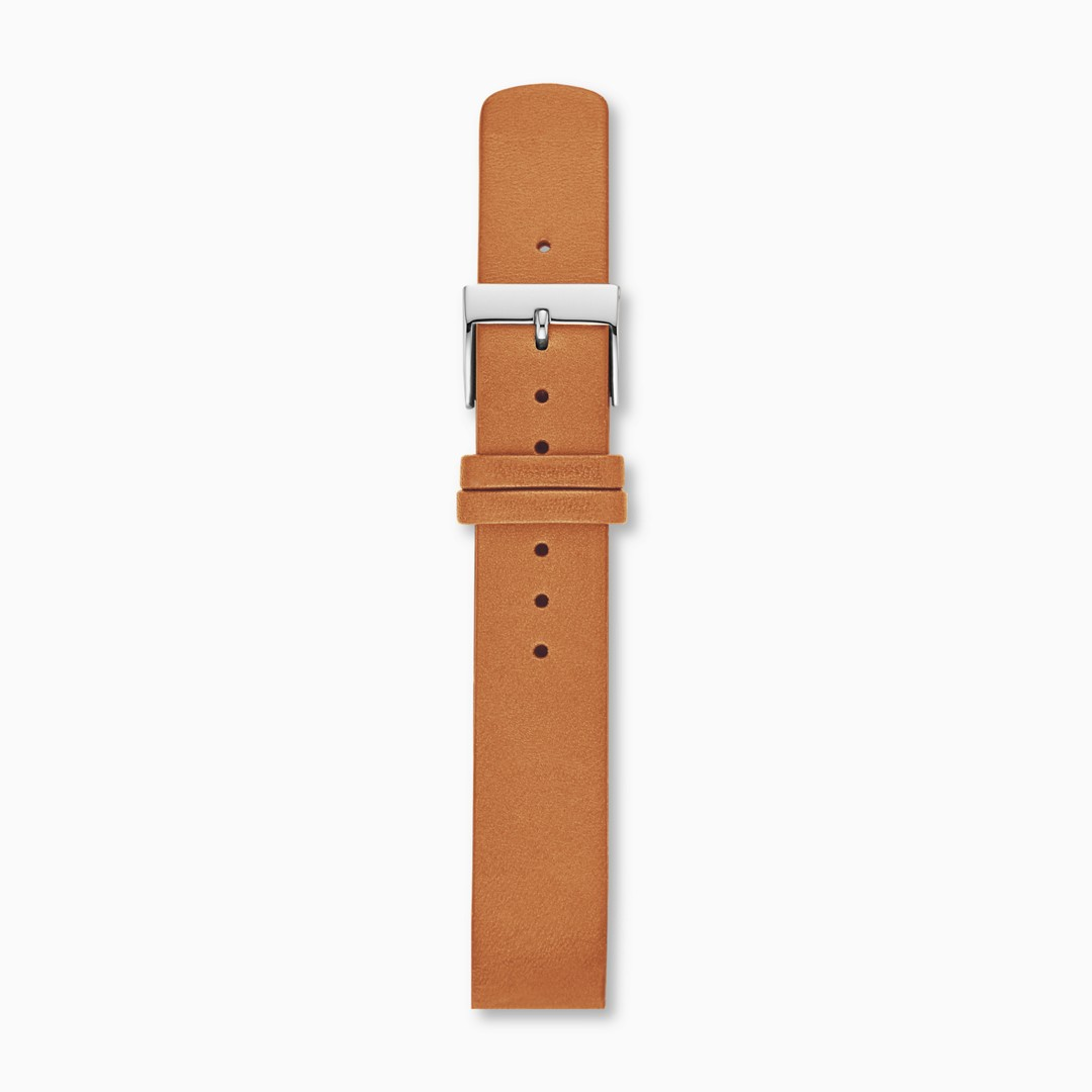 Instantly update your watch with this 16mm interchangeable leather strap. Designed to fit any watch with a 16mm standard band, this strap is finished with a polished stainless steel buckle and quick-release pin for easy attachment.*Before placing your final order, please make sure the band widths of your selected watch case and strap match.