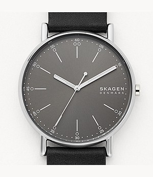 Signatur Three-Hand Black Leather Watch